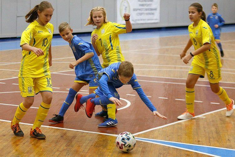 Дівоча академія УАФ, дівочий футбол, жіночий футбол, УАФ