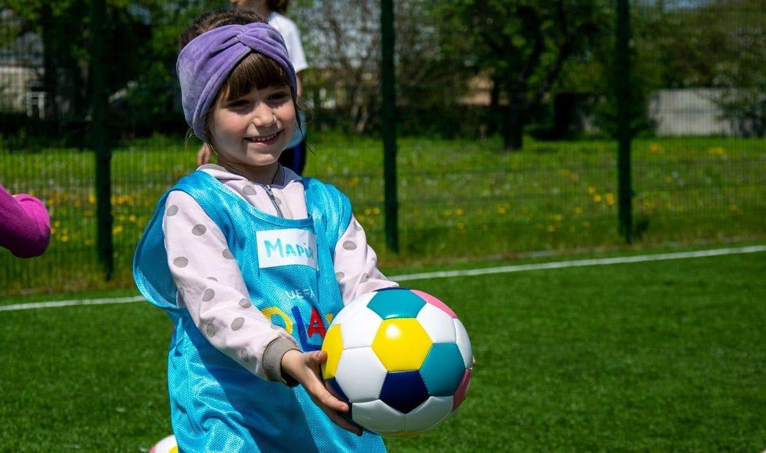 Програма УЄФА Playmakers в Україні, UEFA PlayMakers, Disney, жіночий футбол, женский футбол, Ольга Овдійчук, дівчата футбол, УЄФА проект