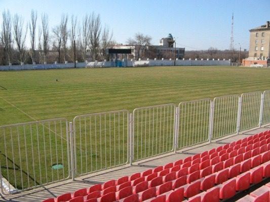 Стадіон «Азовець» (Маріуполь)