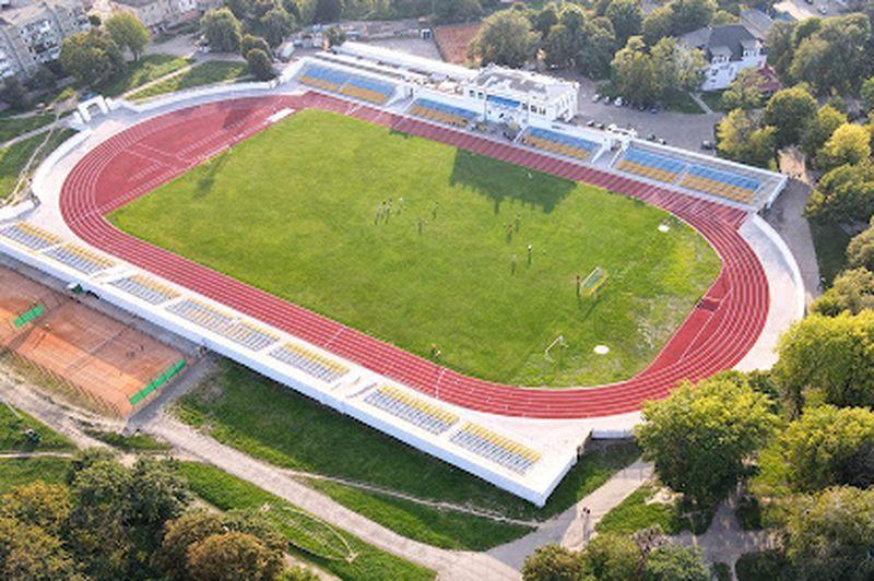 Стадіон «Шахтар» (Нововолинськ)